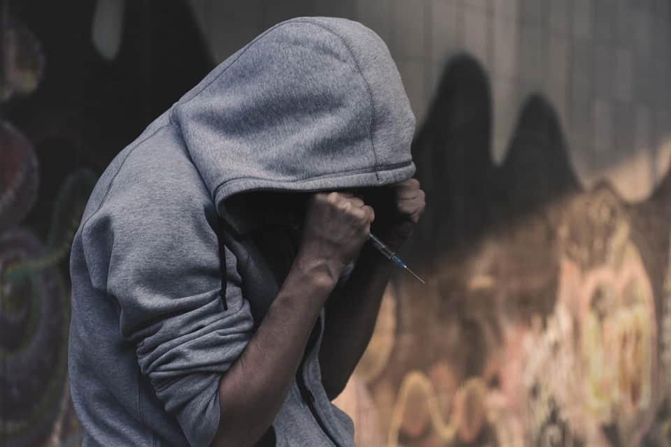 Как да разберем, че наш близък страда от наркотична зависимост