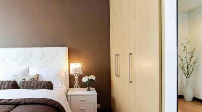 нощно шкафче за спалня